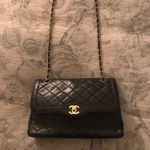 Chanel classic quilted bag authentic